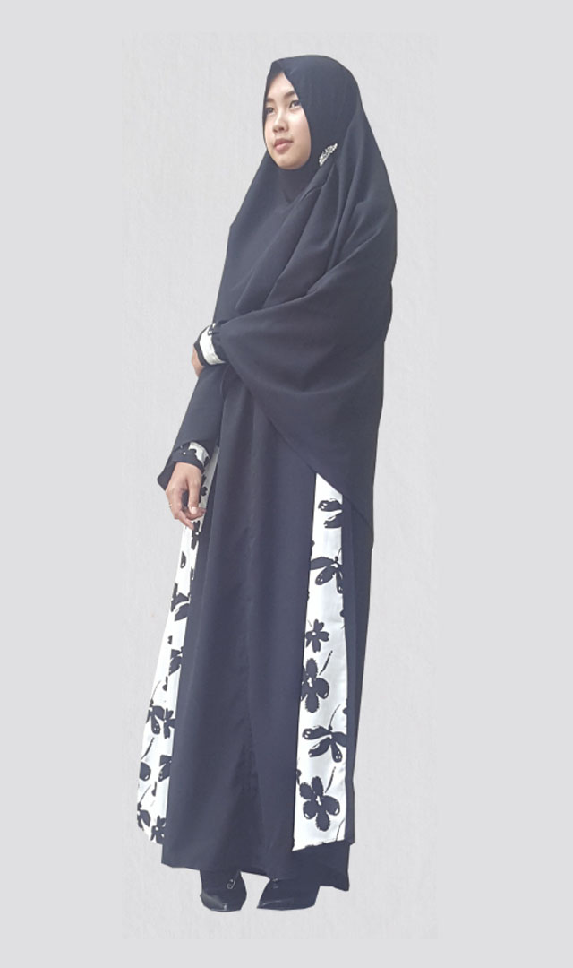 ZARIA licorice black
