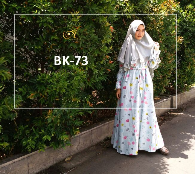 Model busana Muslim dan Hijab Modern Terbaru