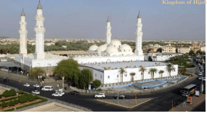 masjid-quba---tempat-berjamaah-pertama-bagi-umat-muslimm-berita-islam-6-49403042021.jpg